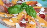 Sommerliches Carpaccio mit Rohschinken und Melone