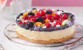 Joghurt-Sahne-Torte mit frischen Früchten