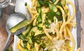 Zucchini-Zitronen-Nudeln