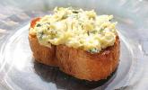 Crostini mit Zucchini-Püree
