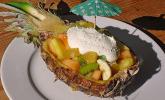 Karibischer Fruchtsalat mit Kokoscreme