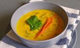 Kokos-Möhren-Spinat-Suppe
