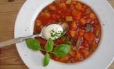 Sommerlicher Eintopf mit Zucchini und Tomate