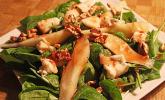 Spinat-Salat mit Birne und Blauschimmelkäse