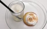 Nachspeise: Zitronentörtchen, dazu Zitronensorbet mit Prosecco