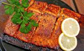 Plank-grilled Lachs auf indianische Art