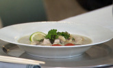 Vorspeise: Tom Kha Gai – Thailändische Kokos-Hühnersuppe