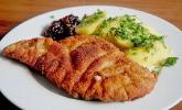 Österreich: Wiener Schnitzel mit Petersilienkartoffeln
