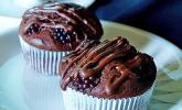 Double Chocolate Muffins mit Brombeeren