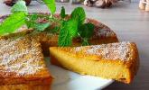 Herbstlicher veganer Kürbis-Käsekuchen ohne Boden