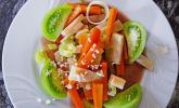 Lauwarmer Salat von Wurzelgemüse mit Brombeerdressing