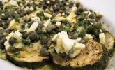 Marinierte Zucchini mit Ei und Kapern