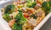 Nudel-Lachs-Brokkoli-Auflauf