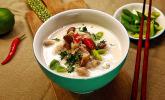 Tom Kha Gai – die berühmte Hühnersuppe mit Kokosmilch und Galgant