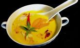 Fruchtig-scharfe Kartoffel-Kokos-Suppe