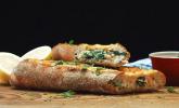 Gefülltes Lachs-Spinat-Baguette