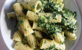 Gorgonzola-Spinat Soße mit Pasta