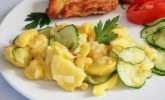 Bayerischer Kartoffelsalat mit Gurke