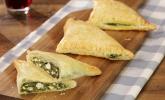 Blätterteig-Dreiecke mit Spinat und Feta