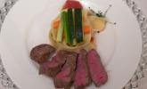 Hauptspeise: Selbstgemachte Pappardelle mit Antipastigemüse und fränkischem Weiderindsteak