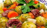 Würziger Rosenkohleintopf mit Rindfleisch