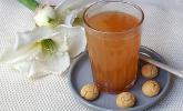 Heißer Amaretto-Apfelsaft