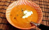 Möhren-Ingwer-Suppe mit Lebkuchen