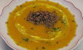 Orangen-Möhren-Suppe mit Hack