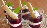 Rote-Grütze-Dessert