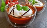 Tomatensuppe 'Caprese im Glas'