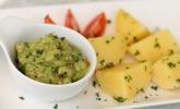 Avocado-Salsa an Pellkartoffeln
