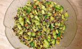 Linsensprossen-Avocado-Apfel-Salat mit Ingwer-Dressing