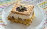Butterkekskuchen mit Stachelbeeren