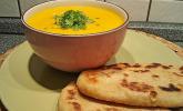Exotische Möhren-Ingwer-Thaicurry-Kokosmilch Cremesuppe