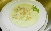Spargel-Kräuter-Suppe