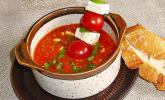Tomaten-Hirse-Suppe mit Feta