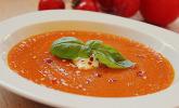 Tomaten-Kräutersuppe