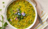 Vorspeise: Neun-Kräuter-Suppe