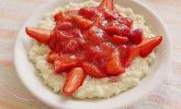 Milchreis mit Erdbeer-Rhabarber Sauce