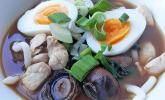 Udon-Nudelsuppe mit Schweinefilet