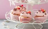 Erdbeer-Schoko-Nuss Cupcake