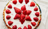 Erdbeer-Mascarpone-Biskuit-Blitz-Kuchen