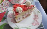 Erdbeer-Raffaelo-Torte