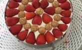 Gewickelte Erdbeer-Tiramisu-Torte