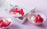 Rhabarberkompott mit Holunderblüten - Joghurt - Creme