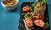 Flank-Steak-Rolle mit Ananas-Tomaten-Salsa vom Grill