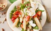 Spargelsalat mit Erdbeeren und Balsamico-Vinaigrette