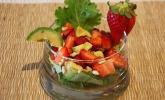 Avocado-Erdbeer-Salat mit Ingwer-Dressing