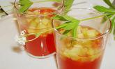 Erdbeer-Waldmeister-Gelee mit Rhabarber-Kompott