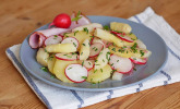 Leichter Kartoffel-Spargelsalat mit Radieschen